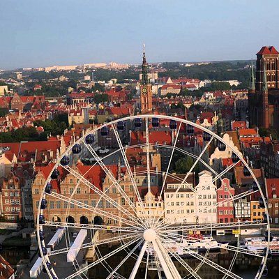 Nad brzegiem Motławy, w pobliżu Starego Miasta Gdańska zlokalizowana jest Gdańska Klinika Urody.