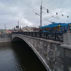 Малый Каменный мост, декабрь.