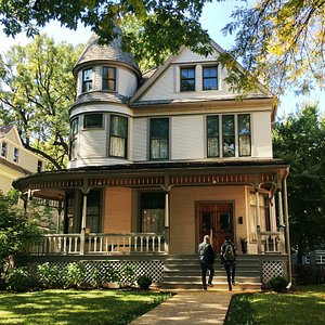Welcome to birthplace of Ernest Hemingway, built in 1890