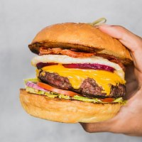 Big, fat, juicy burger with 170 gr prime beef patty