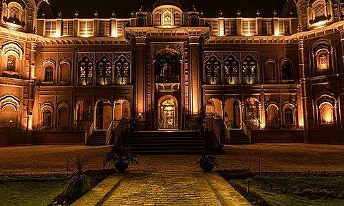 Darbar Mahal  Language  Watch  Edit  Darbar Mahalis aroyal palacein the city ofBahawalpur