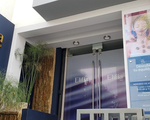 """Elifia Spa, es un espacio diseñado para el """"Bienestar"""" de la persona, permitiendo brindar distintos servicios de relajación y armonía para el ser, como masajes relajantes, circuito del agua, tratamientos de envolturas corporales, escuela de yoga, baños sagrados, todo lo que se necesita recargar energía y vitalidad."""