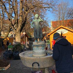 Liesl Karlstadt fountain