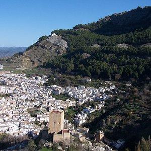 Descente vers le château de Cazorla