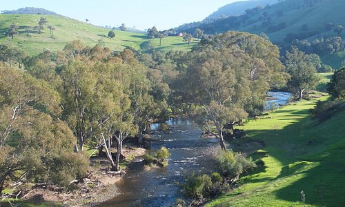 The river and flood plain great for family gatherings, a game of cricket, and a campfire