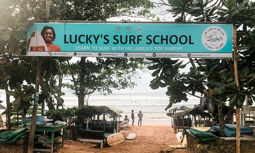 Welcome to our school, we're open everyday from 7am till 6pm. Come by and let's surf!