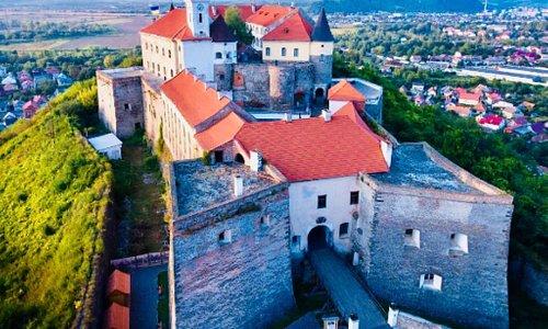 Екскурсия в средневековой крепости