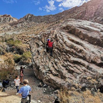Clases de escalada en roca para toda la familia.