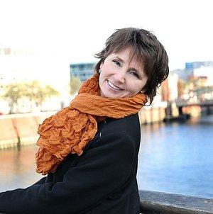 Я - Ирина Леприх, сетифицированный гид, приглашаю Вас на улекательные экскурсии по городам северной Германии: Гамбург, Любек, Бремен, Люнебург, Киль, Росток, Шверин, Висмар и другиею