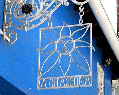 """Detalhe da 'marca' da casa, La Chascona, que quer dizer """"descabelada""""!"""
