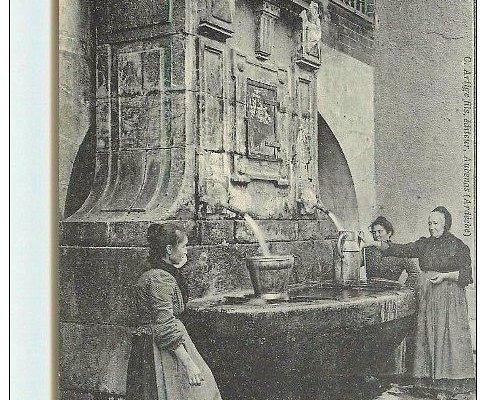 Fontaine antique de Baix, photo d'époque