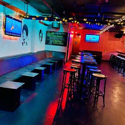 Main lounge and bar