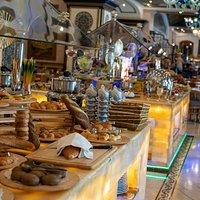 Al Rehab Lunch Buffet opens everyday from 12:00 P.M to 04:30 P.M.
