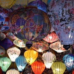 Hong Van Handmade Lantern Shop