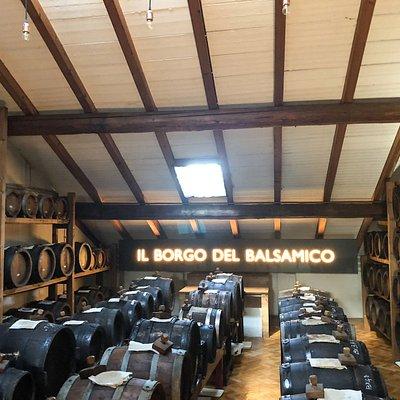 Vinegar tour and tasting in Reggio Emilia with Silvia