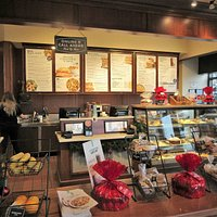 Corner Bakery Cafe: a Lot of Sweets