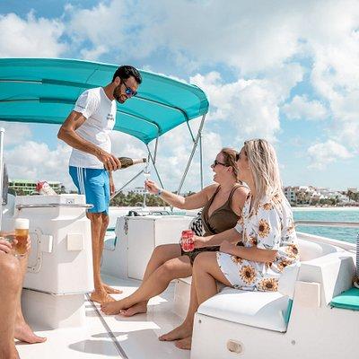 Private Snorkeling Aruba Boat ride Private Boat Relaxt Private tour Sun Snorkeling Aruba Drinks Fruit Punch