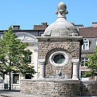 Vue de la fontaine Lambrecht