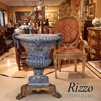 Luxury and fine furniture store