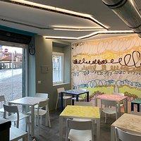 Area pinseria e aperitivi, fronte naviglio Martesana