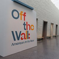 American Art to Wear: Off the Wall