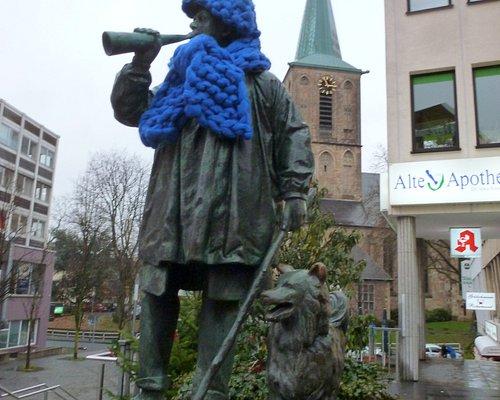 Kuhhirten Denkmal - Mit Winter-Bekleidung. Dezember 2019