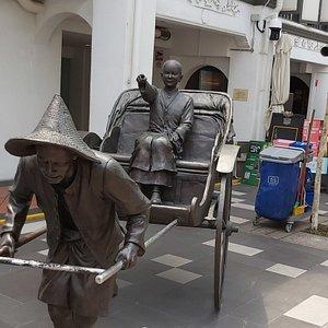Rickshaw Statue in Chinatown