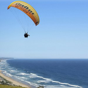 Come tandem paragliding with Cloudbase Paragliding.