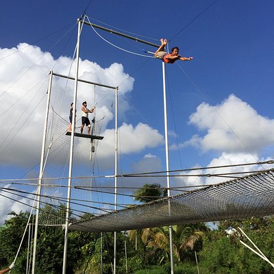 Trapez'Cool Flying Trapeze School