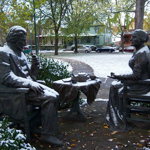 Anthony and Douglas statue