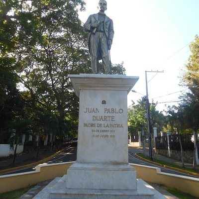 front view of statue