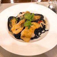 Heerlijke pasta's met zeevruchten en vis.