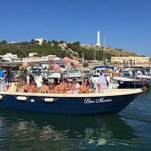 Blue Marine Service - escursioni in barca alle grotte di Santa Maria di Leuca