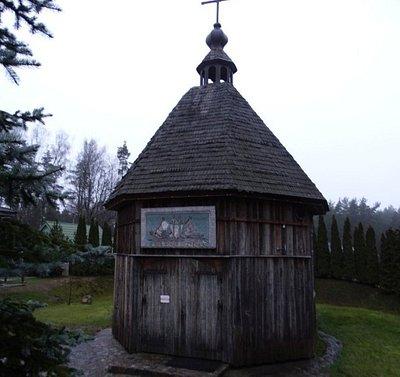 23 grudnia 2019 r kaplica św Rafała Kalinowskiego z zewnątrz
