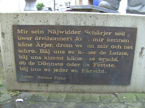 Info, am Denkmal....