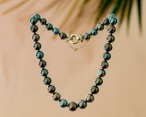 Tahitian Pearls by La Maison Sibani Bora Bora  Experience Elegant Simplicity • The best jewelry for the most beautiful pearl in the world.