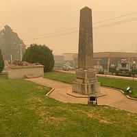 Cooma Cenotaph - Cooma NSW