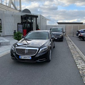 VIP cars available with driver in Paris Mercedes S classe for your comfort Mercedes V classe minivan for small groups up to 8 people