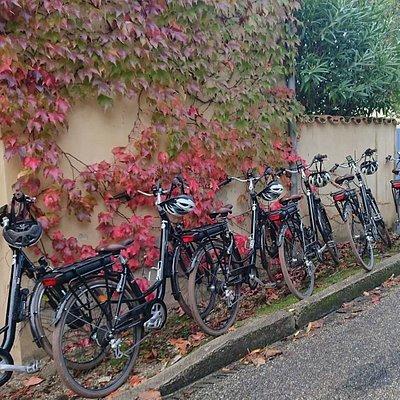 Vélos électriques prêts à partir