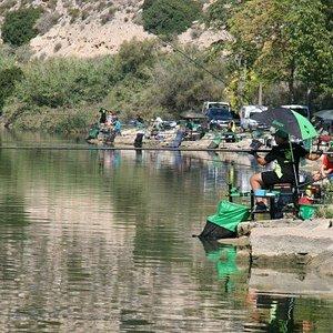 Prueba pesca deportiva en el Refugio de los Pescadores de Mequinenza