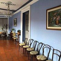 築150年の豪邸を使ったレストラン。内装を観るだけでも価値あり!