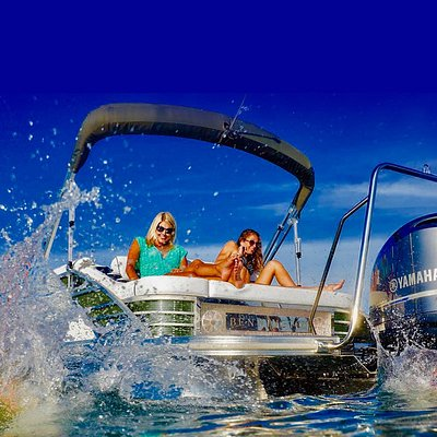 Enjoy a pontoon rental in Fort Walton Beach. Fun for the entire family. no experience necessary.