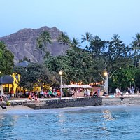 ...at the Dimaond Head end of Waikiki