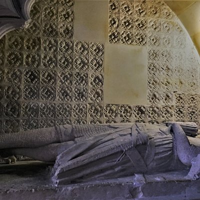 3.  The tomb of Gervase Alard, The Parish Church of St Thomas the Nartyr, Winchelsea, East Sussex