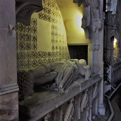 6.  The Tomb of Gervase Alard, The Parish Church of St Thomas the Martyr, Winchelsea, East Sussex