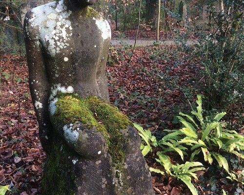 Sehr interessante Skulpturen und Grabstätten!