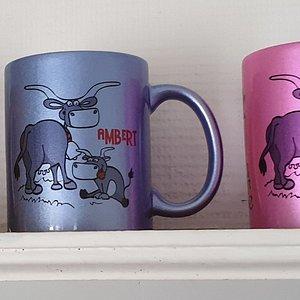 Mugs Ambert