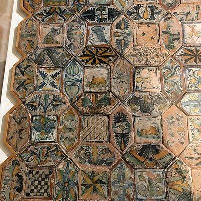 Un pezzo di pavimento antico ....