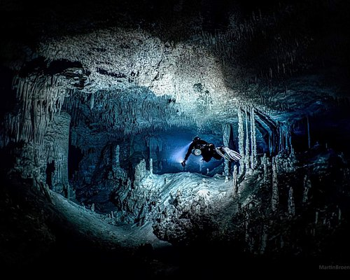 Cave Diving in Nohoch Nah Chich