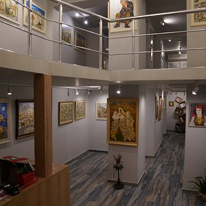 The inside of Gallery 43